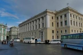 На Дворцовой площади хотят создать Музей гвардии