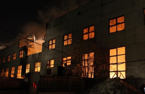 Пожар на складе неподалеку от ВВЦ потушен