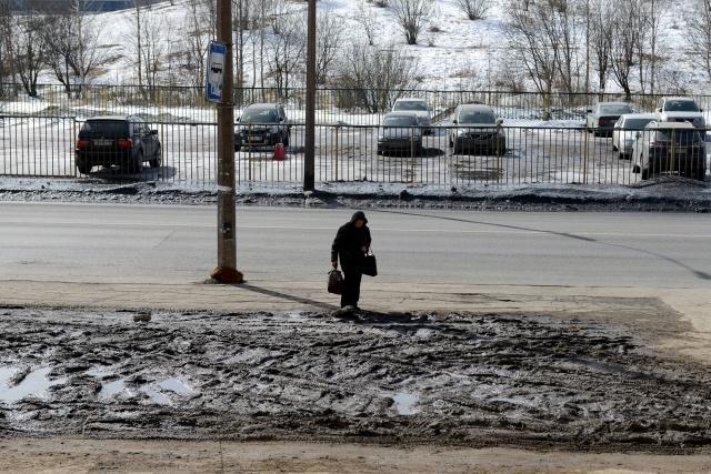 Грязь на пересечении Российского проспекта и улицы Латышских Стрелков: Фото