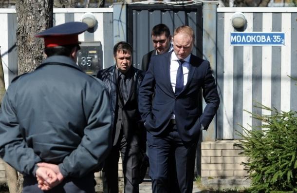 Волочкова прервала гастроли из-за нападения на дом и вылетела в Москву