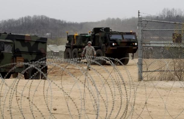 КНДР строит противотанковые баррикады на границе