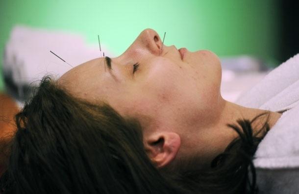 700 точек здоровья: как работает и от чего лечит метод акупунктуры