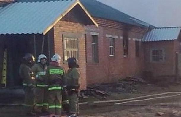 Спасатели МЧС опоздали на пожар в больнице из-за перекрытой переправы