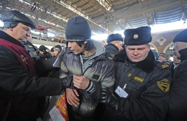Мигранты в Москве стали больше совершать преступлений - ФМС