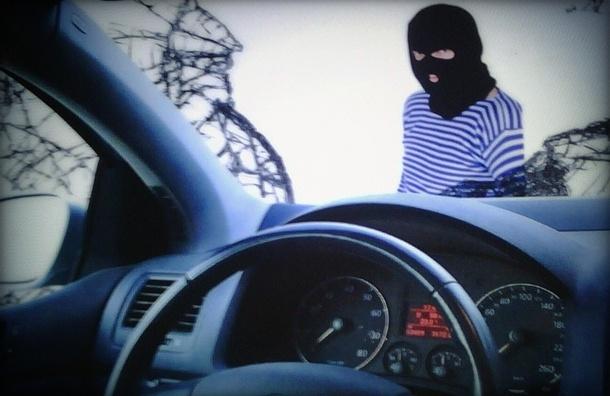 Грабителей салонов сотовой связи взяли благодаря автомобильной пробке