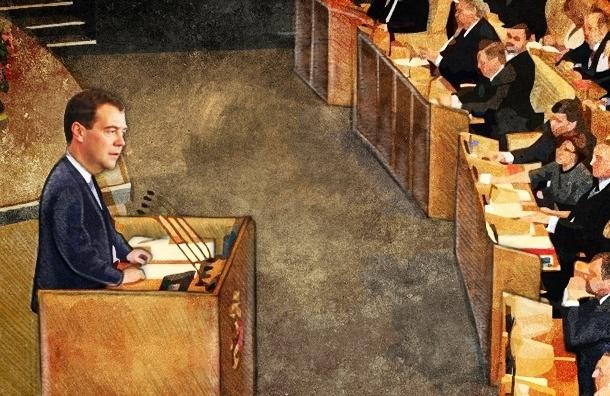 Медведев нужен в качестве громоотвода и козла отпущения, и критика ему не страшна