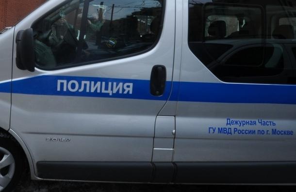 В Москве грабители похитили 22 млн рублей у посетительницы банка