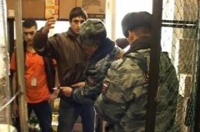 Рейд полиции на Сенном рынке собрал урожай из 200 нелегалов