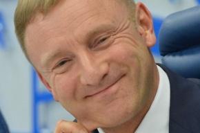 Зюганов потребовал отставки бывшего и нынешнего министров образования