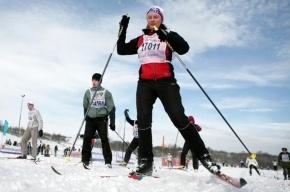 В Петербурге обещают прокладывать больше лыжных трасс, а пока лишь топтание на месте