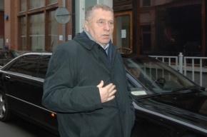 Жириновский сразу же покинул место ДТП, в которое попал его автомобиль