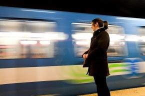 Ночные поезда между «Горьковской» и «Невским проспектом» посчитали слишком убыточными