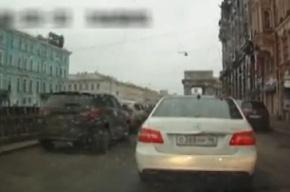 В ГИБДД уверены, что за рулем белого «Мерседеса» был не Дуров