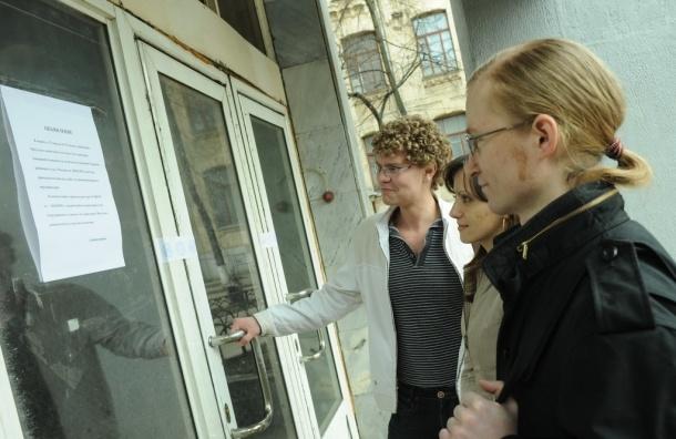 Почти тысячу зданий в Москве снесли по инициативе судебных приставов