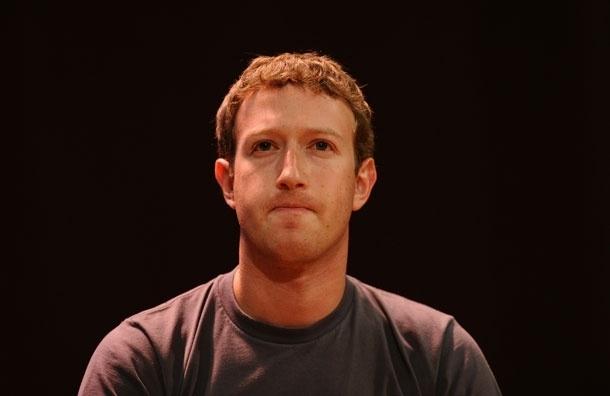 Создатель Facebook Марк Цукерберг будет работать за 1$ в год