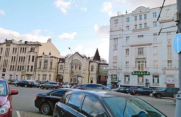 На Новом Арбате взорвалась бомба, два человека пострадали от взрыва