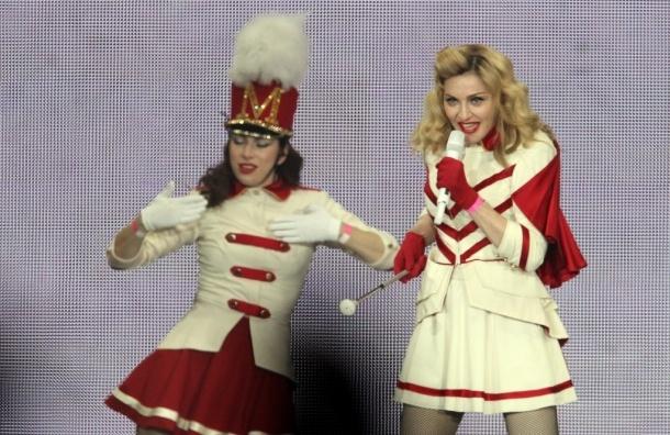 Мадонну в России признали нелегальным гастарбайтером