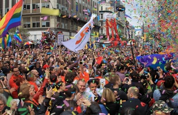 Где пройдет гей парад - на Чистых прудах или в гайд-парке Сокольников?