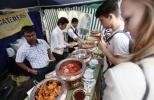 Красочный индийский базар в посольстве Индии: Фоторепортаж