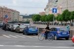 Фоторепортаж: «Депутат Ольга Галкина на велосипеде»