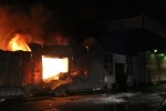 Пожар на складе с резиновыми изделиями, 29.05.2013: Фоторепортаж