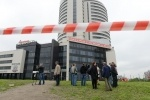 Фоторепортаж: «В Петербурге из-за землетрясения в Охотском море 24 мая 2013 зашатался дом »