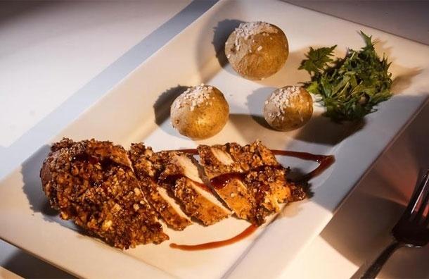 Куриное филе вфундуке. Рецепт от Сергея Милянчикова