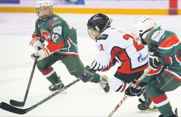 Первые шаги вспорте. А может, хоккей?