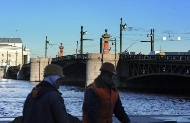 Дворцовый мост полностью разведут впервые после ремонта