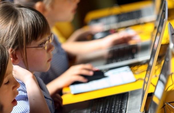 Дети из России - мировые рекордсмены по пользованию соцсетями