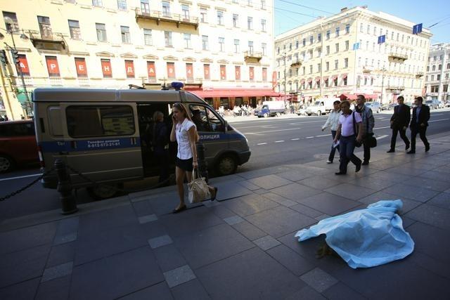 Труп на Невском проспекте: Фото