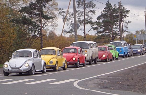 Жуки в городе. VW Festival - шоу старинных моделей Фольксваген: Фото
