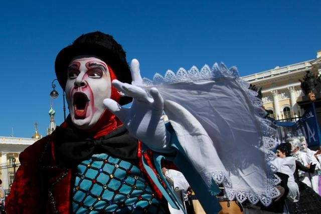 Шествие Цирк дю Солей, 8 мая 2013: Фото