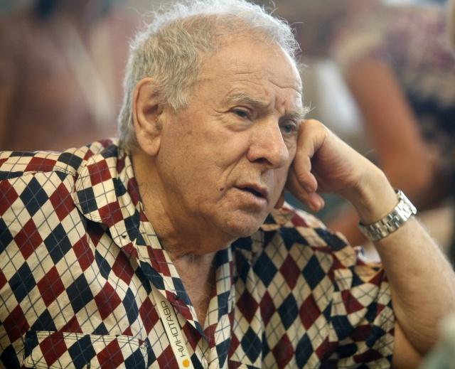 Петр Тодоровский: Фото