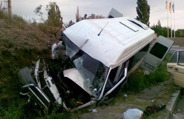 В ДТП под Пензой погибли по меньшей мере 10 человек