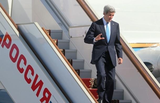 В столицу России прилетел госсекретарь США Джон Керри