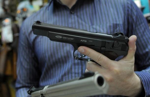 Уроженец Татарстана открыл стрельбу в одном из столичных банков