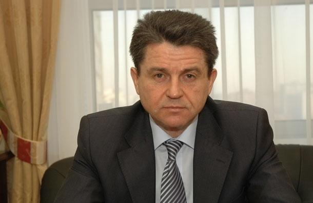 Владимир Маркин иронизирует в Twitter  по поводу сомнений во взяточничестве предправления «Росбанка» Голубкова