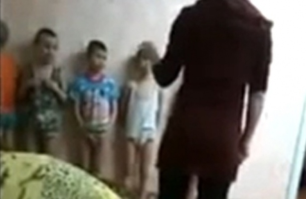 За избиение малышей в интернате девушкам светит семь лет