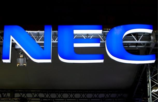Выпустили смартфон с жидкостным охлаждением от NEC