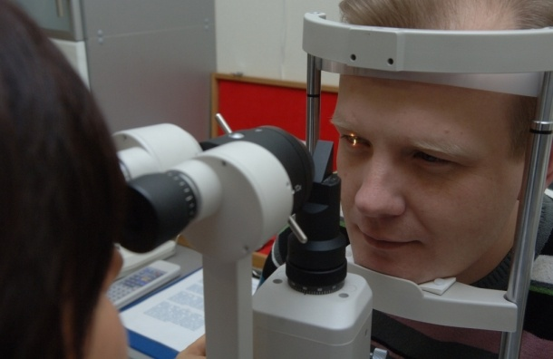 Москвичи смогут проверить зрение бесплатно 18 мая