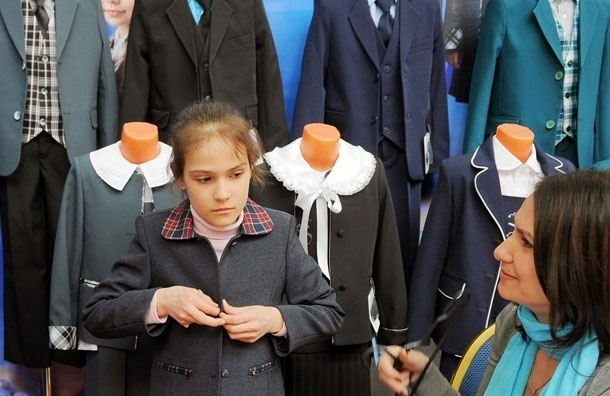 «Детское питание и детская форма должны быть так же бесплатны, как учебник в школе» - Онищенко