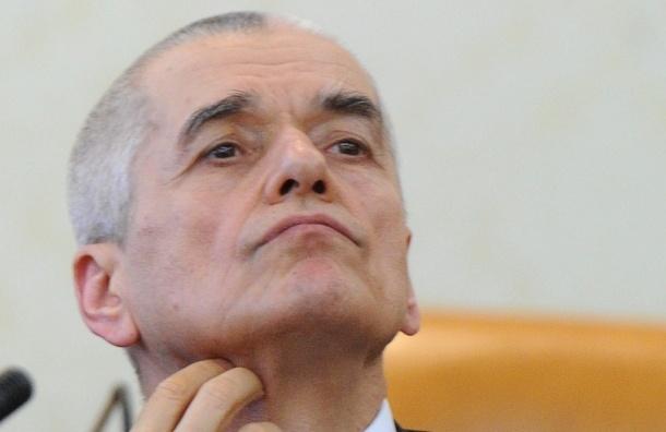 Онищенко придумал новый мужской вид спорта - метание пончиков в желудок