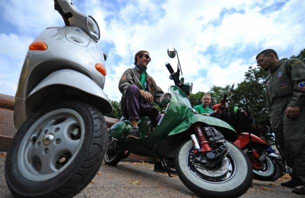 Для водителей скутеров и квадроциклов вводят новые подкатегории прав