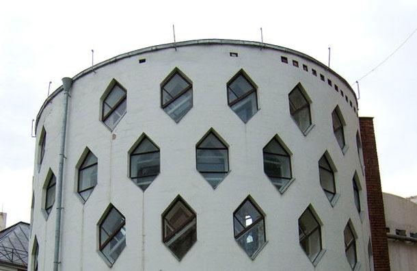Дом-улей— особняк гения архитектуры