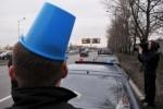 Активиста «Синих ведерок» избили в Петербурге в присутствии сотрудников ДПС