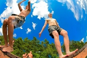 В Петербурге к летнему сезону готовы 25 пляжей (список), но купаться пока не разрешили