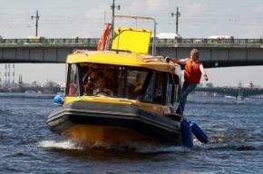 В Петербурге представили новые аквабусы – для единственной оставшейся линии