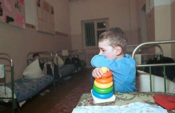 Издевавшиеся над детьми несовершеннолетние няни задержаны