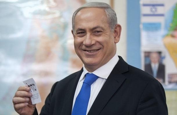 Израильтяне вышвырнули премьер-министра Нетаньяху из кровати